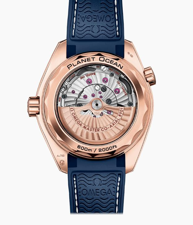 The beauty of the precise movement could be appreciated through the transparent caseback.