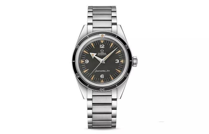 The Omega Seamaster inherits the classic aesthetics of the original model released in 1956.