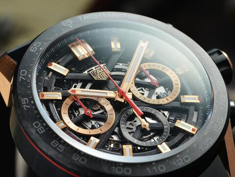 The red elements on the timepiece are eye-catching.