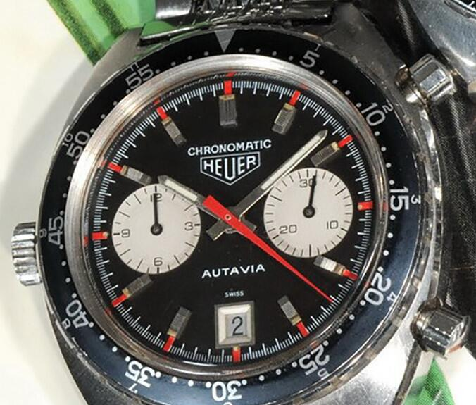 This timepiece is the old Autavia and the red elements on the black dial are very eye-catching.