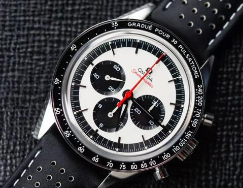 The timepiece has reproduced the appearance of the original CK2998.