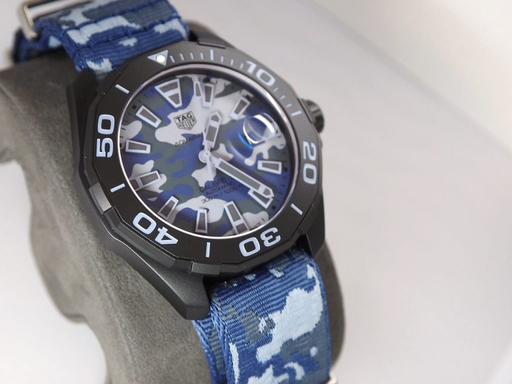 The titanium replica watch is designed for men.